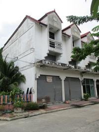 ตึกแถวหลุดจำนอง ธ.ธนาคารกรุงศรีอยุธยา ห้วยป่าหวาย พระพุทธบาท จังหวัดสระบุรี